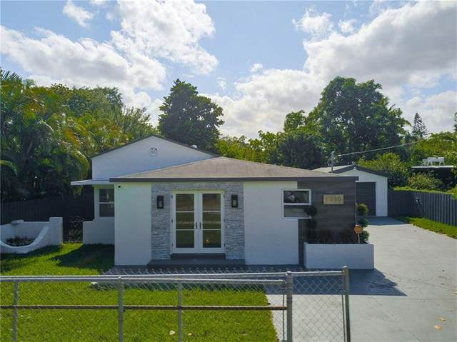 8290 NE 4th Ave, Miami, FL 33138 (MLS #F10281800) :: United Realty Group