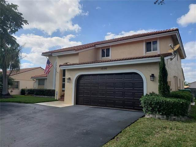 15441 Briarwood Mnr, Davie, FL 33331 (MLS #F10282081) :: GK Realty Group LLC