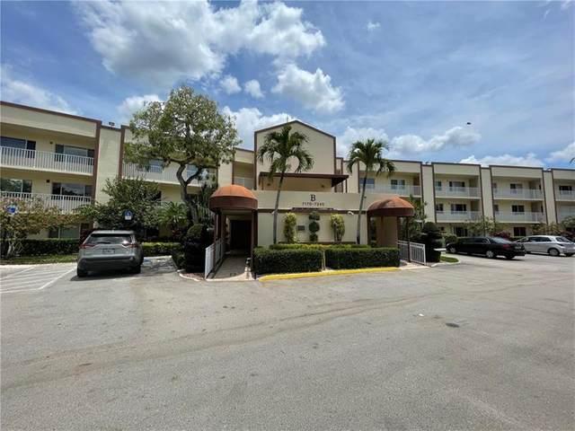 7202 S Devon Dr #205, Tamarac, FL 33321 (MLS #F10282795) :: Castelli Real Estate Services