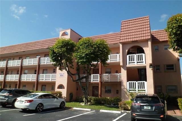 9581 Sunrise Lakes Blvd #309, Sunrise, FL 33322 (MLS #F10283139) :: Berkshire Hathaway HomeServices EWM Realty