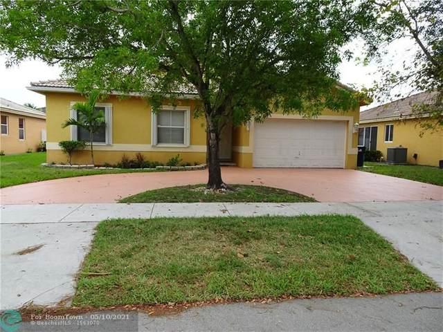 8827 NW 168th Ln, Miami Lakes, FL 33018 (MLS #F10283362) :: Berkshire Hathaway HomeServices EWM Realty