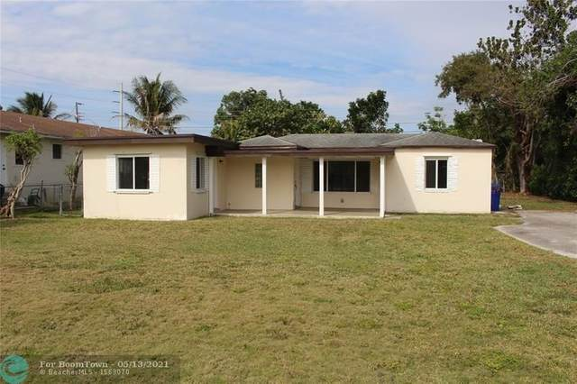5931 Grant St, Hollywood, FL 33021 (MLS #F10284342) :: The Howland Group