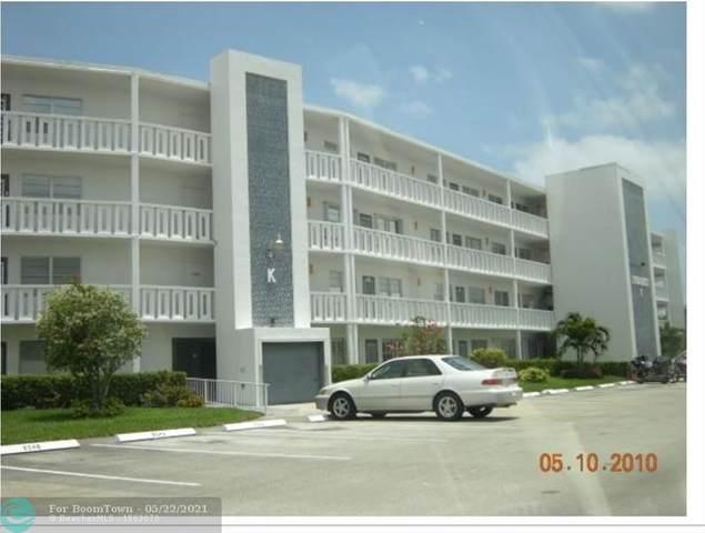 4052 Lyndhurst K #4052, Deerfield Beach, FL 33442 (MLS #F10285363) :: Berkshire Hathaway HomeServices EWM Realty
