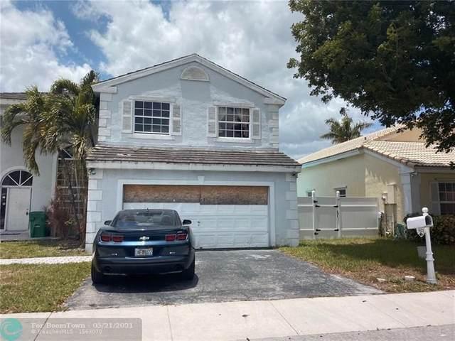 621 Lakeshore Ter, Davie, FL 33325 (#F10285520) :: Michael Kaufman Real Estate