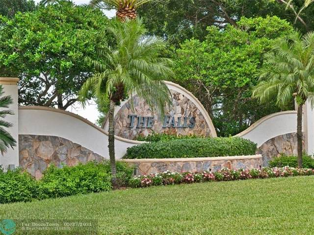 682 Lone Pine Ln, Weston, FL 33327 (#F10286081) :: Michael Kaufman Real Estate