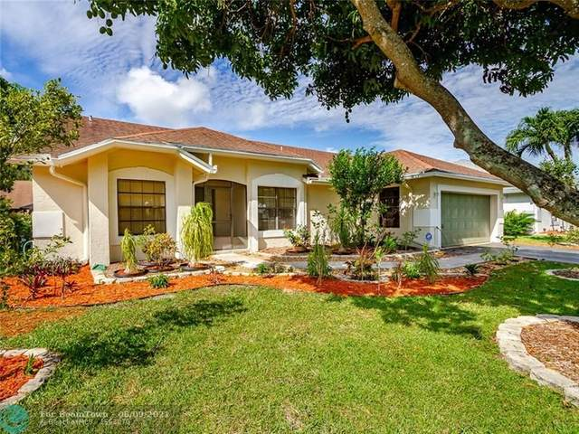 4344 NW 52nd St, Coconut Creek, FL 33073 (MLS #F10286377) :: Berkshire Hathaway HomeServices EWM Realty