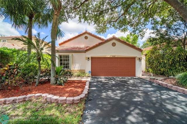 1040 NW 107th Ave, Plantation, FL 33322 (MLS #F10286595) :: Berkshire Hathaway HomeServices EWM Realty
