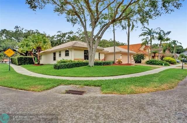 2241 SW 98th Ter, Davie, FL 33324 (#F10286815) :: Michael Kaufman Real Estate