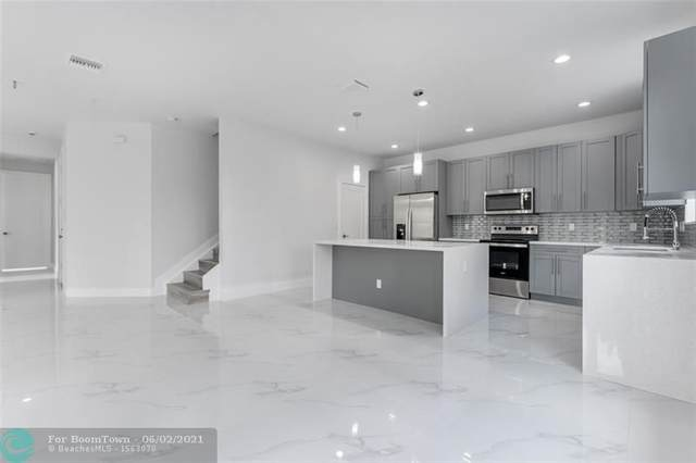 6025 Henderson Way, West Palm Beach, FL 33415 (MLS #F10287014) :: Berkshire Hathaway HomeServices EWM Realty