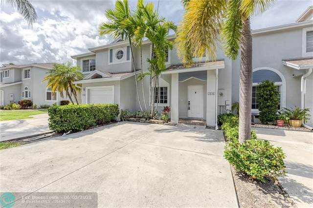 4441 SW 11th Pl, Deerfield Beach, FL 33442 (MLS #F10287306) :: Berkshire Hathaway HomeServices EWM Realty