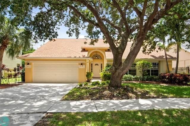 7322 NW 45th Ave, Coconut Creek, FL 33073 (#F10287540) :: Michael Kaufman Real Estate