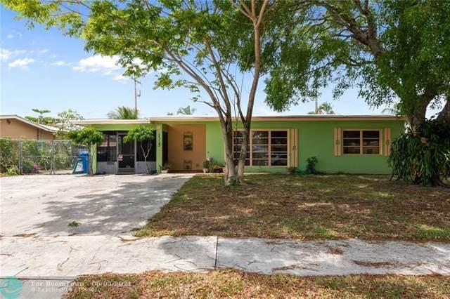 1315 W Pine St, Lantana, FL 33462 (#F10287676) :: Michael Kaufman Real Estate