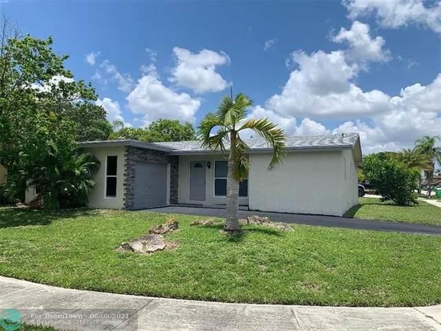 11361 NW 46th Pl, Sunrise, FL 33323 (MLS #F10287678) :: Berkshire Hathaway HomeServices EWM Realty