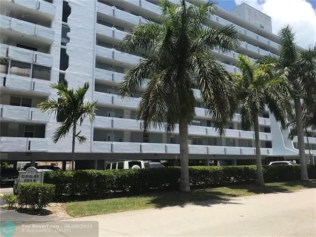 3703 NE 166th St #605, North Miami Beach, FL 33160 (MLS #F10287983) :: Berkshire Hathaway HomeServices EWM Realty