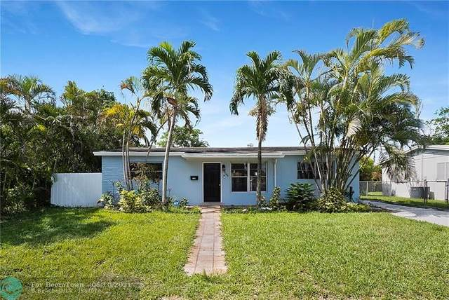 7240 Cleveland St, Hollywood, FL 33024 (MLS #F10288167) :: Castelli Real Estate Services