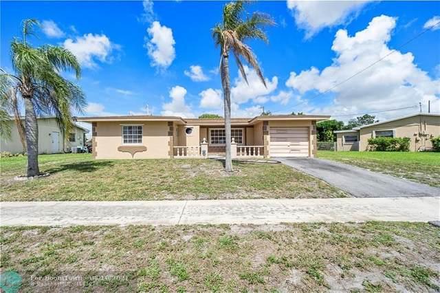 1261 SW 10th Ave, Deerfield Beach, FL 33441 (MLS #F10288199) :: Berkshire Hathaway HomeServices EWM Realty