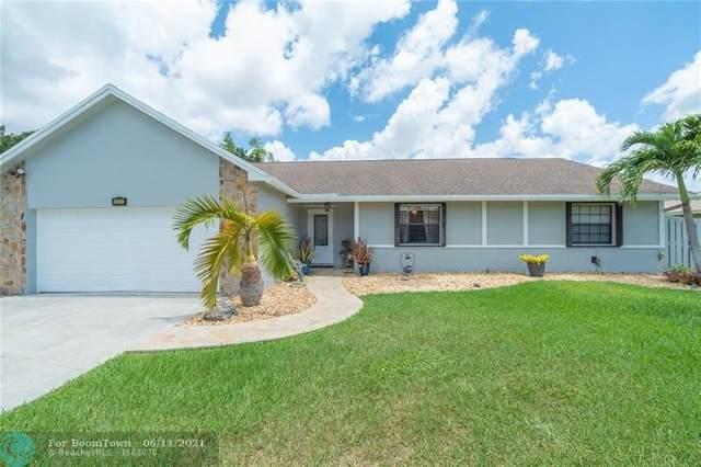 11461 NW 26th St, Plantation, FL 33323 (MLS #F10288469) :: Berkshire Hathaway HomeServices EWM Realty