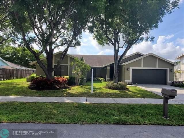 710 Bluebird Ln, Plantation, FL 33324 (MLS #F10288692) :: Berkshire Hathaway HomeServices EWM Realty