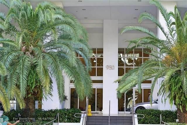 950 Brickell Bay Dr #3001, Miami, FL 33131 (MLS #F10288839) :: Castelli Real Estate Services
