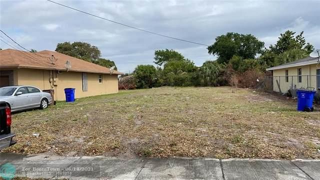 175 SW 2nd St, Deerfield Beach, FL 33441 (MLS #F10288903) :: Castelli Real Estate Services