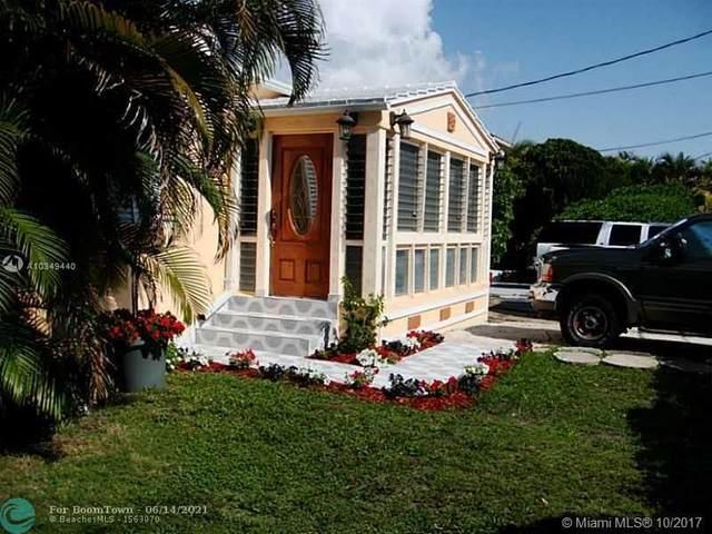 9324 Abbott Ave, Surfside, FL 33154 (MLS #F10288964) :: Miami Villa Group
