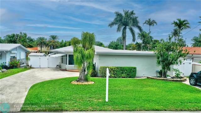 2424 NE 18th Ave, Wilton Manors, FL 33305 (MLS #F10289643) :: The Howland Group