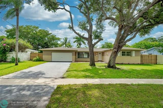 420 SW 56th Ave, Plantation, FL 33317 (MLS #F10290175) :: The Howland Group
