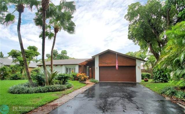 9626 NW 27th St, Coral Springs, FL 33065 (#F10290424) :: Michael Kaufman Real Estate