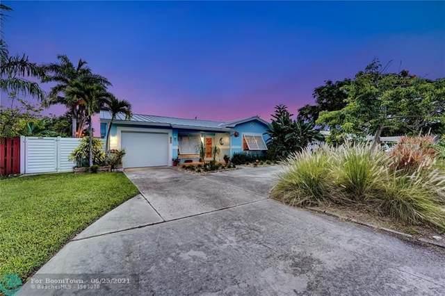 2611 NE 22nd St, Pompano Beach, FL 33062 (MLS #F10290464) :: Castelli Real Estate Services