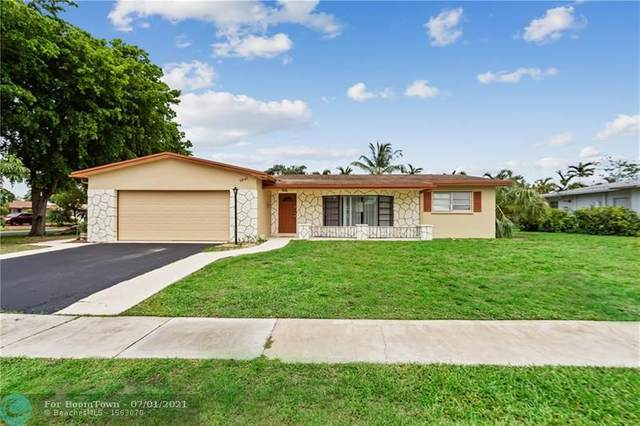 2041 NW 86th Ave, Pembroke Pines, FL 33024 (MLS #F10291313) :: Castelli Real Estate Services