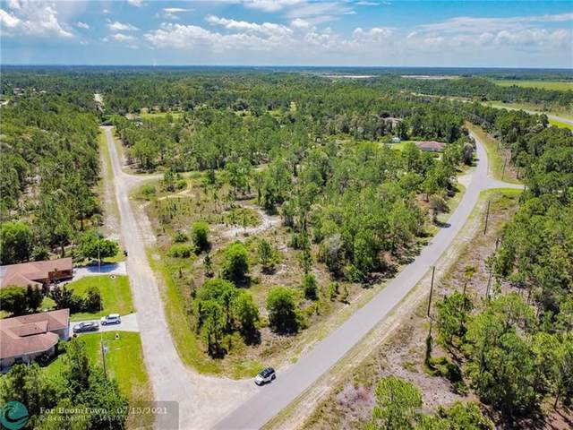 2423 Meadows Rd, Other City - In The State Of Florida, FL 33936 (MLS #F10293096) :: The Paiz Group