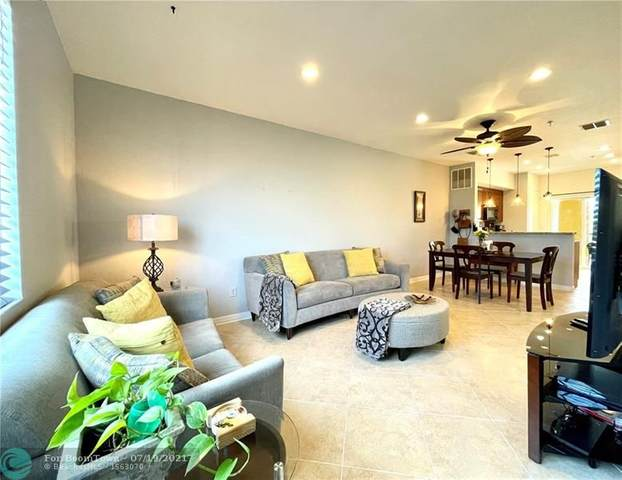 121 NW 2nd Ave #10, Hallandale Beach, FL 33009 (MLS #F10293411) :: Castelli Real Estate Services