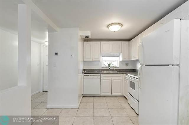9410 N Hollybrook Lake Dr #201, Pembroke Pines, FL 33025 (MLS #F10294342) :: Castelli Real Estate Services