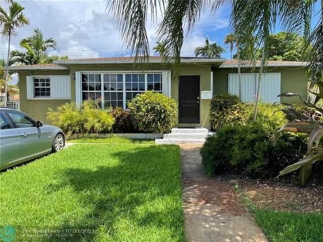 1847 Wiley St, Hollywood, FL 33020 (MLS #F10294515) :: United Realty Group