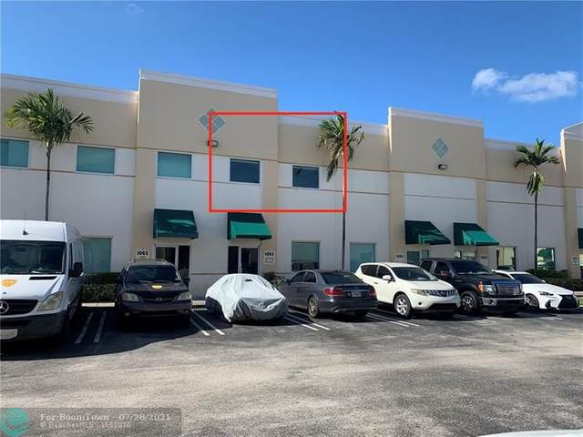1063 NW 31st Ave Upstairs, Pompano Beach, FL 33069 (MLS #F10294683) :: The MPH Team
