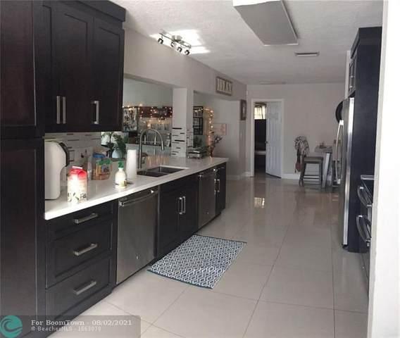 4051 N 41st Court, Hollywood, FL 33021 (MLS #F10294906) :: Berkshire Hathaway HomeServices EWM Realty