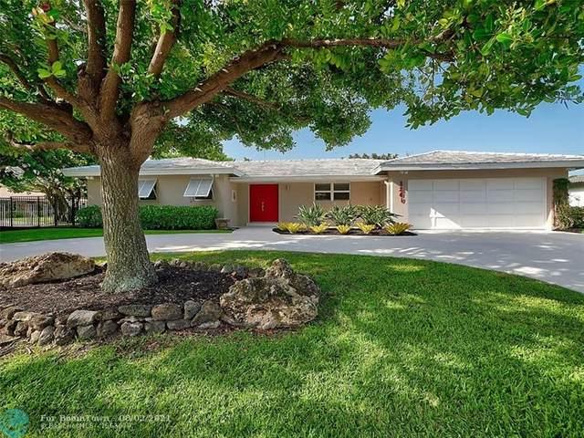 1241 Dolphin Rd, Riviera Beach, FL 33404 (MLS #F10295303) :: Berkshire Hathaway HomeServices EWM Realty