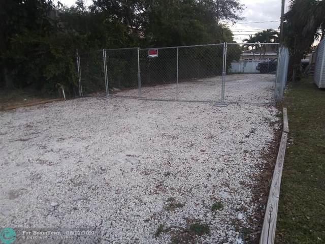 4424 Pembroke Rd, Hollywood, FL 33021 (MLS #F10296791) :: Castelli Real Estate Services