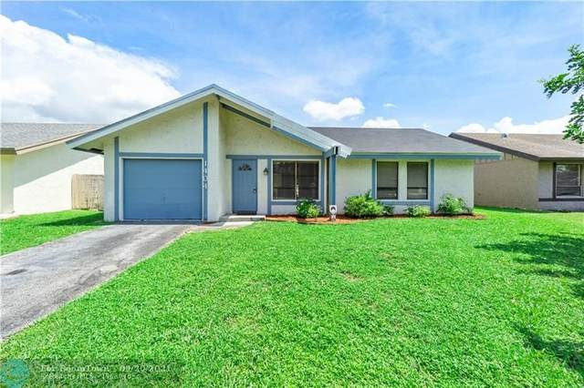 1404 SW 82nd Ter, North Lauderdale, FL 33068 (MLS #F10298257) :: Castelli Real Estate Services