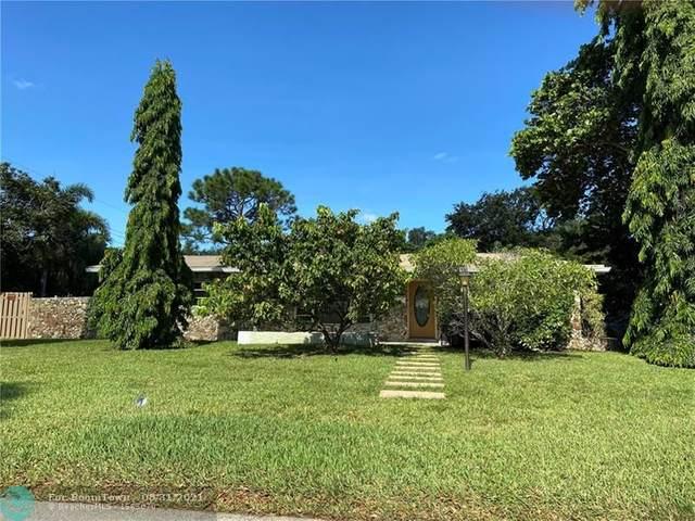2525 NW 6th Ave, Wilton Manors, FL 33311 (MLS #F10298281) :: Adam Docktor Group