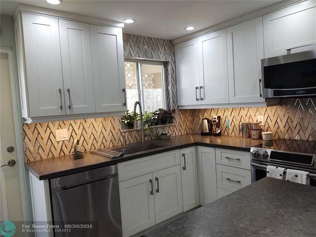 3216 SE 12th St #5, Pompano Beach, FL 33062 (MLS #F10298635) :: Green Realty Properties