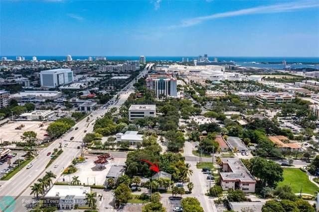 821 SE 18th St, Fort Lauderdale, FL 33316 (MLS #F10298777) :: Castelli Real Estate Services