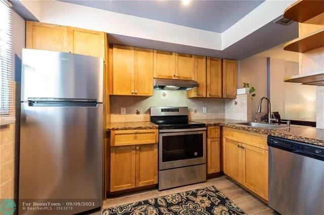 118 Royal Park Dr 2H, Oakland Park, FL 33309 (MLS #F10299296) :: Green Realty Properties