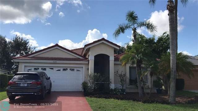 1620 Lakefield North Ct, Wellington, FL 33414 (#F10300494) :: DO Homes Group