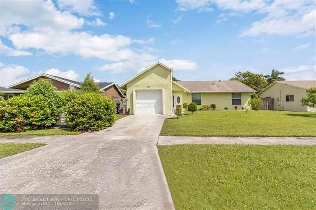 7611 SW 7th Pl, North Lauderdale, FL 33068 (MLS #F10300550) :: Green Realty Properties
