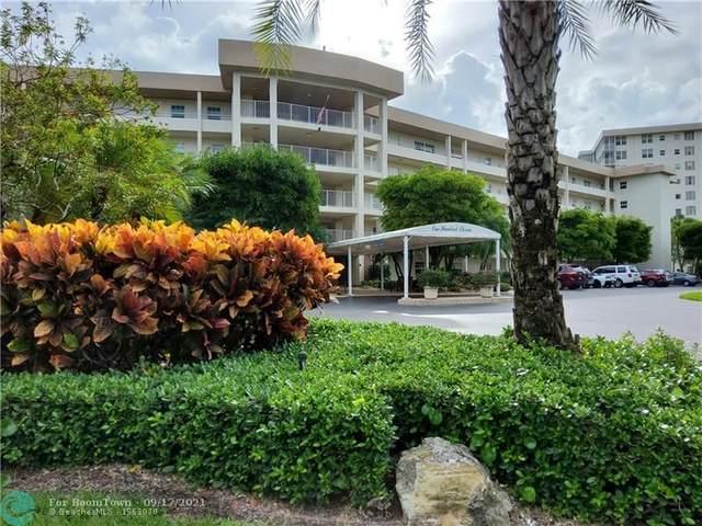 535 Oaks Dr #203, Pompano Beach, FL 33069 (#F10300593) :: The Power of 2   Century 21 Tenace Realty