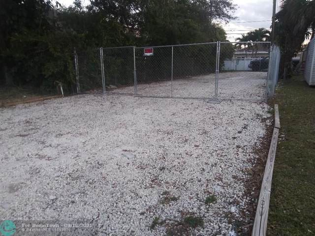 4424 Pembroke Rd, Hollywood, FL 33021 (MLS #F10300646) :: Castelli Real Estate Services