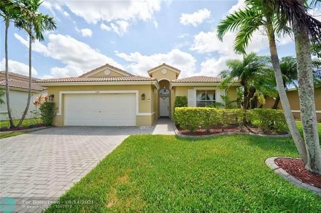 1547 SW 186th Ter, Pembroke Pines, FL 33029 (MLS #F10300690) :: Berkshire Hathaway HomeServices EWM Realty