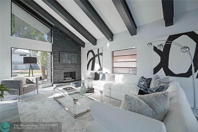 3001 NE 52nd Street, Lighthouse Point, FL 33064 (MLS #F10301081) :: Castelli Real Estate Services