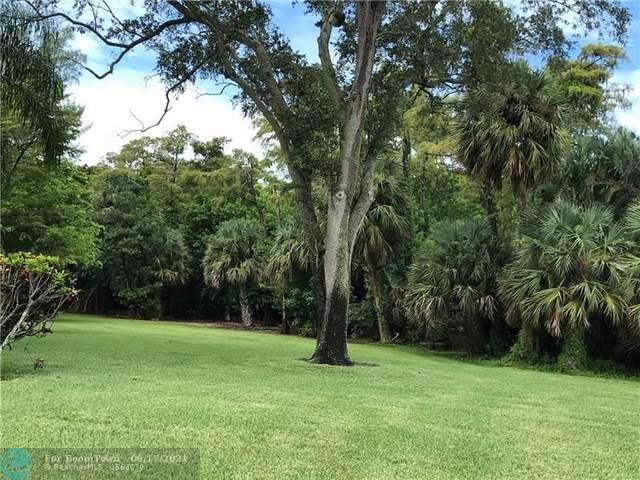 2068 Oakridge F #2068, Deerfield Beach, FL 33442 (MLS #F10301288) :: GK Realty Group LLC